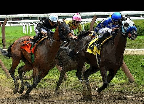 Digging In At Saratoga by Jeff Watts
