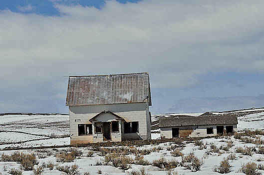 Disused And Unloved by Kae Cheatham