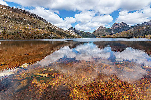 Dove lake - 1 by Sergey Simanovsky