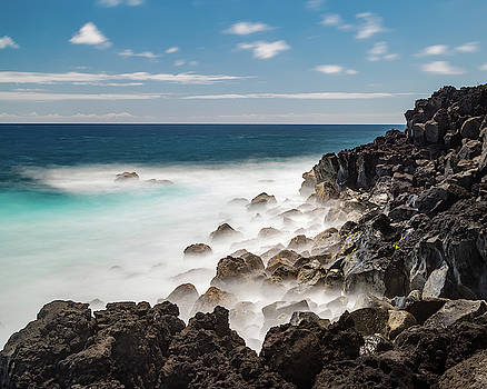 Dreamy Hawaiian Coastline by William Dickman