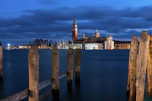 Dreamy Venice by Yuri San