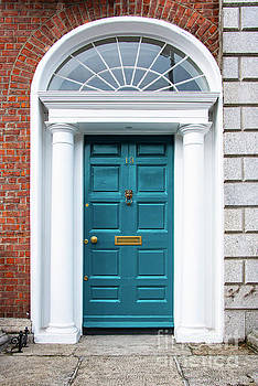 Bob Phillips - Dublin Aqua Door