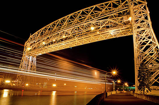 Duluth Lift Bridge by Nathan Carlsen
