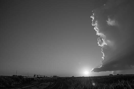 NebraskaSC - Dying Nebraska Thunderstorms at Sunset 066