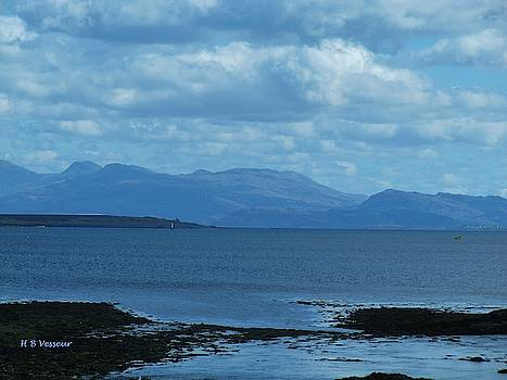 East Shores Of Isle Of Skye by B Vesseur