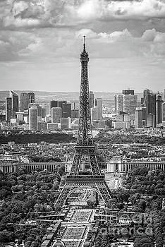 Eiffel tower and La Defense vertical by Delphimages Photo Creations
