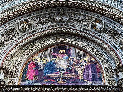 Wayne Moran - el Duomo The Florence Italy Cathedral Main Door Arch Details