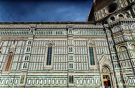 Wayne Moran - el Duomo The Florence Italy Cathedral Side View