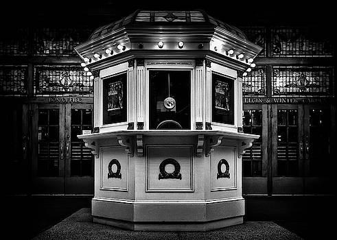 Elgin and Winter Garden Theatre Centre Box Office by Brian Carson