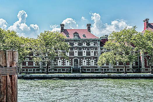 Sharon Popek - Ellis Island Immigrant Hospital