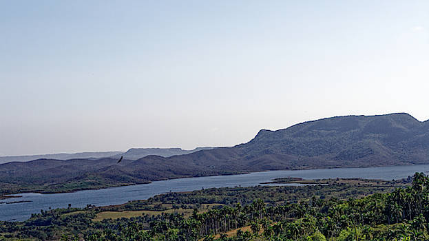 Embalse Caunavaco by Paul Rebmann