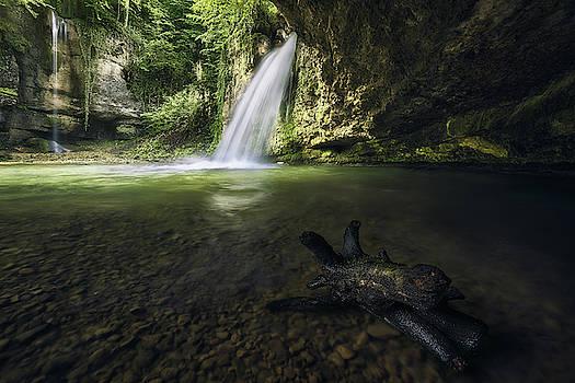 Emerald waterfall by Manuel Martin