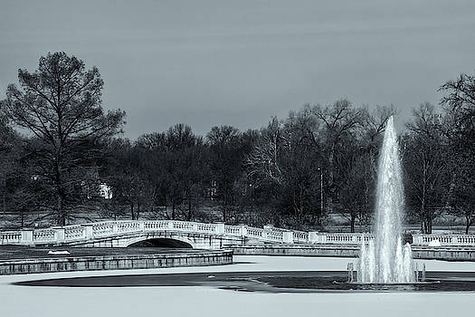 Emerson Grand Basin Fountain and Bridge by Robert FERD Frank