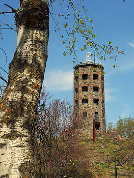 Enger Tower by James Peterson