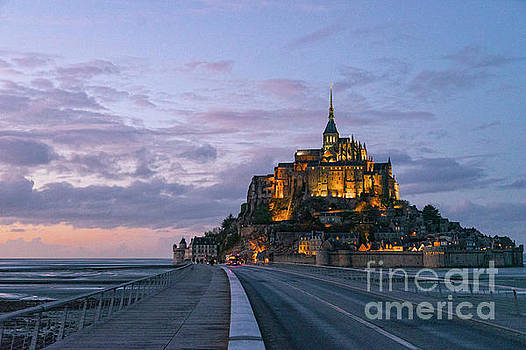 Wayne Moran - Evening Magic Mont Saint Michel
