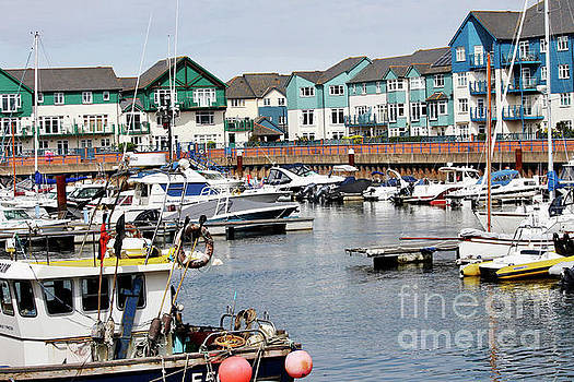 Exmouth Marina by Leon Woods