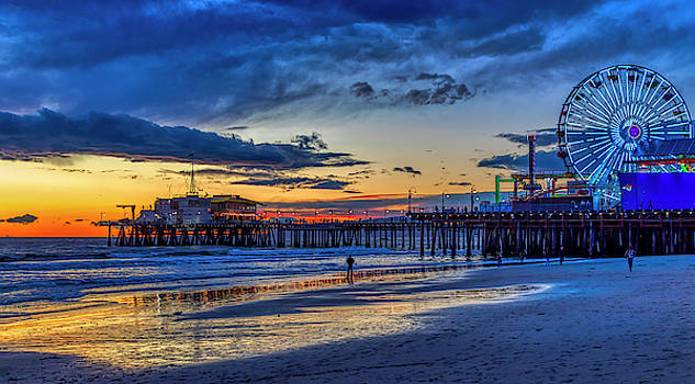 Fading To The Blue Hour - Ferris Wheel by Gene Parks