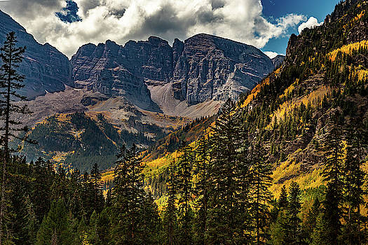 Fall at Maroon Bells by Bill Gallagher
