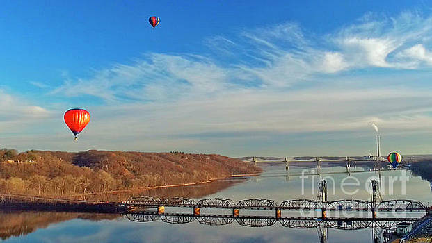 Fall Colors Stillwater Liftbridge Baloons by Pictures Over Stillwater