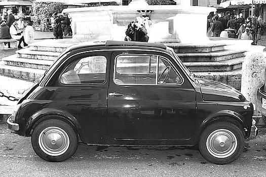 Fiat Cinquecento Black in Rome by Stefano Senise