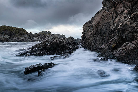 Filter on the storm coast by Kai Mueller