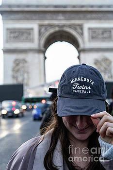 Wayne Moran - Find a Minnesotan in Paris  at the Arc de Triomphe