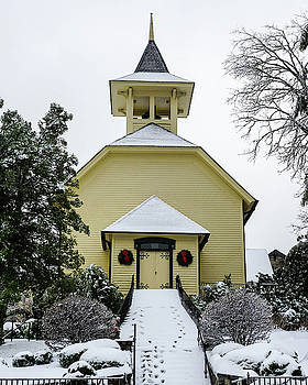 First Presbyterian Church in the snow by Seth Solesbee