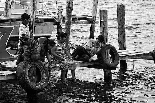 Tatiana Travelways - Fishing at Atitlan Lake, Guatemala