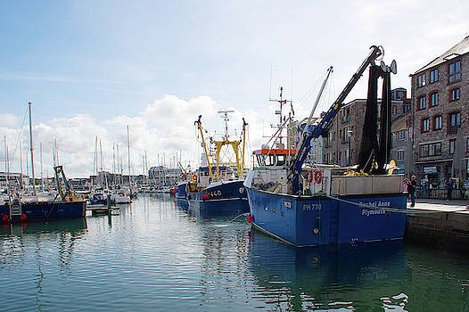 Fishing boats in Sutton Harbour by Chris Day