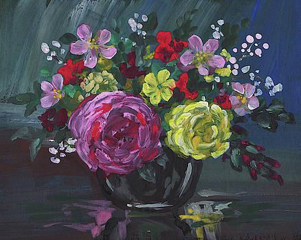 Irina Sztukowski - Floral Impressionistic Still Life With Roses