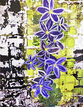 Sharon Williams Eng - Flowering Vine 300