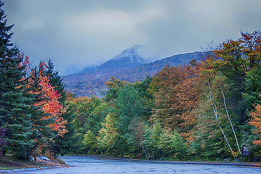 Flume Gorge parking lot in rain by Jeff Folger
