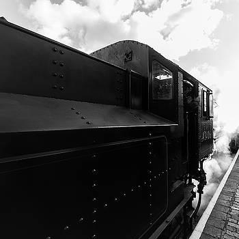 Flying Pig 43106 in steam by Steev Stamford