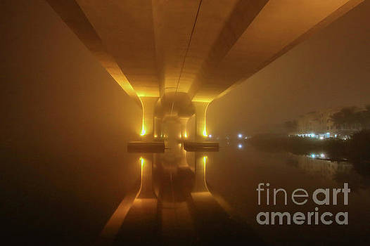 Tom Claud - Foggy Bridge Glow