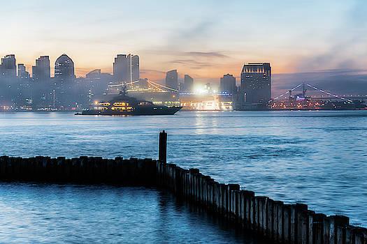 Robert VanDerWal - Foggy Harbor