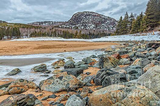 Follow the Rocks to Beehive by Elizabeth Dow