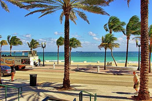 Fort Lauderdale Beach, Florida by Zal Latzkovich