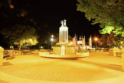Fountain at Night by Diane Schuler