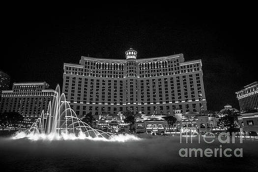 Fountains of Bellagio by Habashy Photography