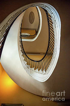 Dale Powell - Free Floating Spiral Staircase - Nathaniel Russell House
