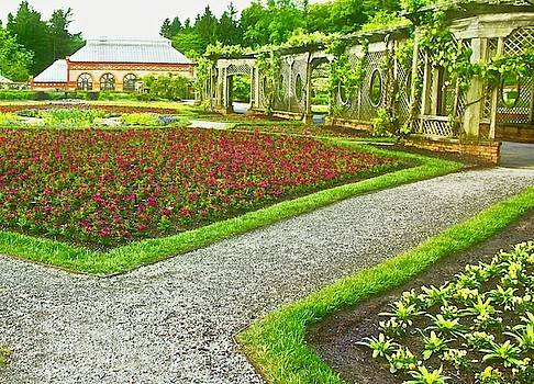 Allen Nice-Webb - Garden Stroll