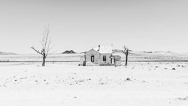 Garub Station by Hamish Mitchell