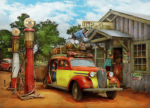 Mike Savad - Gas Station - Fresh delivery to Pie Town 1940