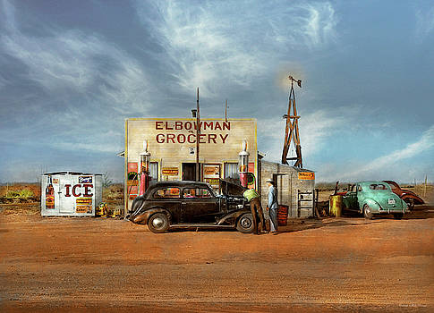 Mike Savad - Gas Station - In the middle of nowhere 1940