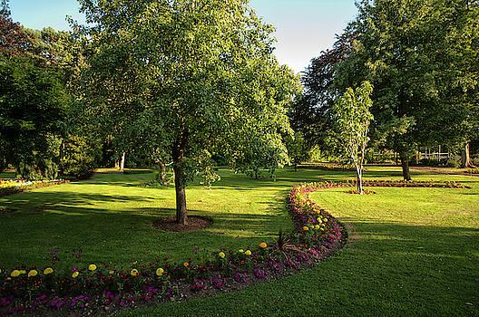 Gheluvelt Park, Worcester by Jay Lethbridge