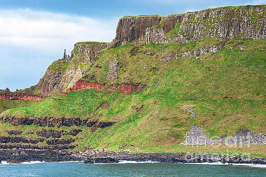 Bob Phillips - Giant Causeway Cliffs