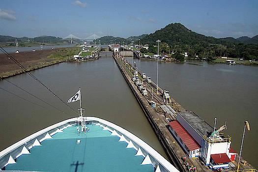 Giant locks allow huge ships to pass  by Steve Estvanik