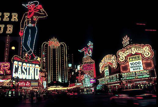 Glitter Gulch - Las Vegas by Daniel Hagerman