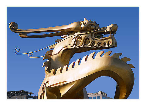 Gold Chinese dragon sculpture by Steve Clarke