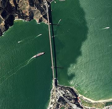 Golden Bridge in San Francisco  by Planet Impression